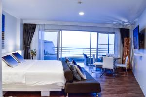 Sandy Beach Condo 15E, Appartamenti  Petchaburi - big - 23
