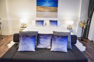 Sandy Beach Condo 15E, Appartamenti  Petchaburi - big - 22