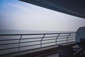 Sandy Beach Condo 15E, Appartamenti  Petchaburi - big - 13