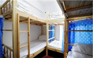 Qian Jiujiang Youth Hostel, Хостелы  Guiyang - big - 5