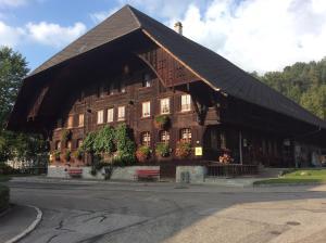 Emme Lodge