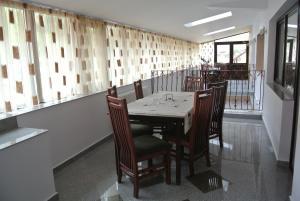 Pensiune Restaurant Piatra Craiului, Гостевые дома  Dîmbovicioara - big - 28
