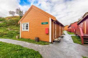 Håholmen Havstuer, Hotels  Karvåg - big - 20