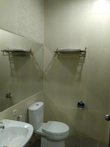 Hotel Alpha Makassar, Hotely  Makassar - big - 38