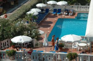 Hotel Savoy, Szállodák  Caorle - big - 79