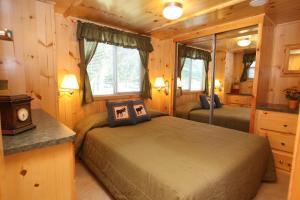 Lakeland RV Campground Loft Cabin 1, Holiday parks  Edgerton - big - 15