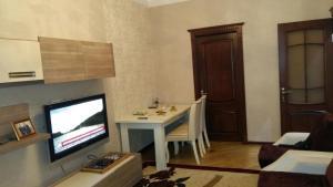 Апартаменты На Бакиханова - фото 2