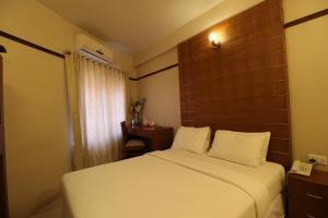 Srivar Hotels, Отели  Guruvāyūr - big - 4