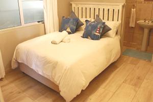 Dolphin Cove Self Catering Apartment
