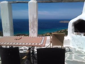 Andros Big Blue Villa