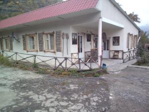Отель Хижина, Алаверди