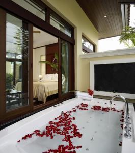 Les Palmares Villas, Курортные отели  Банг Тао Бич - big - 59