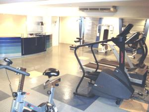 Short Term Rentals Makati Parkplace, Apartmány  Manila - big - 2