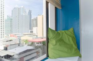 Short Term Rentals Makati Parkplace, Apartmány  Manila - big - 29