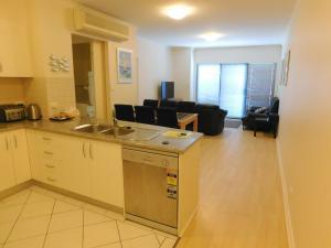 Apartamento com 2 Quartos e Vista Praia