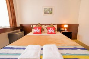 ZEN Rooms Makati Amorsolo, Hotely  Manila - big - 1