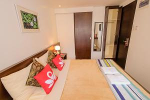 ZEN Rooms Makati Amorsolo, Hotely  Manila - big - 16