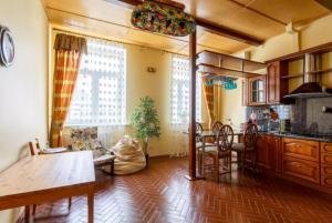 Apartment on Arbat 51