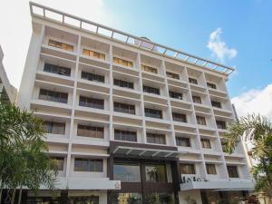 Hotel Swarna Palace