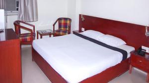 Vaishnavi Group Of Hotels, Отели  Хайдарабад - big - 20