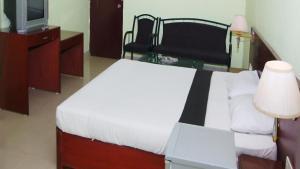 Vaishnavi Group Of Hotels, Отели  Хайдарабад - big - 12