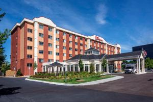 Holiday Inn Express Hotel and Suites Minneapolis Airport