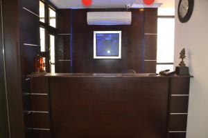 Hotel R R Inn