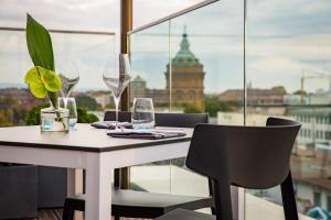 Radisson Blu Hotel, Mannheim, Отели  Мангейм - big - 48