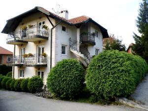 Villa Dama & Dubravka