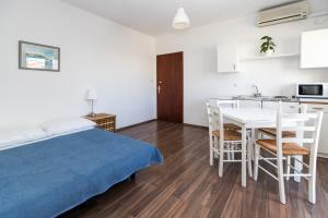Beach Apartments Center, Apartmanok  Crikvenica - big - 31