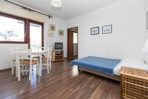 Beach Apartments Center, Apartmanok  Crikvenica - big - 32