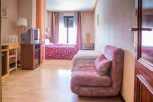 Hotel Tibur, Hotel  Saragozza - big - 83