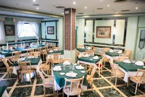Hotel Tibur, Hotel  Saragozza - big - 73