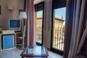 Hotel Tibur, Hotel  Saragozza - big - 60
