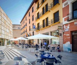 Hotel Tibur, Hotel  Saragozza - big - 58