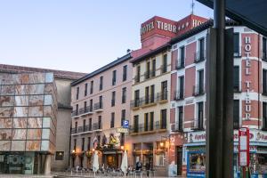 Hotel Tibur, Hotel  Saragozza - big - 57