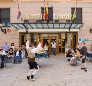 Hotel Tibur, Hotel  Saragozza - big - 56