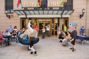 Hotel Tibur, Hotel  Saragozza - big - 40