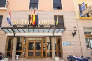 Hotel Tibur, Hotel  Saragozza - big - 85