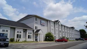 Отель «Bridgepointe Inn & Suites Toledo-Perrysburg-Rossford-Oregon-Maumee by Hollywood Casino», Нортвуд