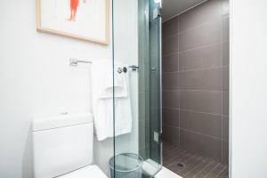 QuickStay - Luxury Executive in Yorkville (Yonge & Bloor), Apartmány  Toronto - big - 35