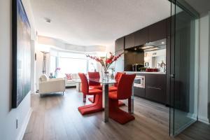 QuickStay - Luxury Executive in Yorkville (Yonge & Bloor), Apartmány  Toronto - big - 30