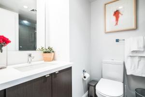 QuickStay - Luxury Executive in Yorkville (Yonge & Bloor), Apartmány  Toronto - big - 29