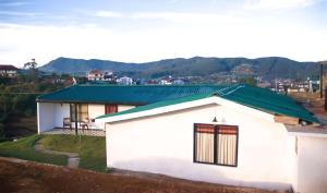 Gregory Lake Inn, Inns  Nuwara Eliya - big - 26