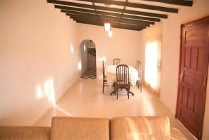 Gregory Lake Inn, Inns  Nuwara Eliya - big - 18
