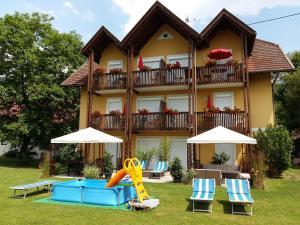 Appartement Landhaus Felsenkeller, Apartmány  Sankt Kanzian - big - 1