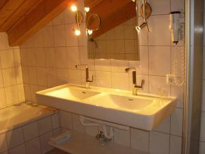 Ferienhäuser Thalbach, Ferienwohnungen  Heiligenblut - big - 43