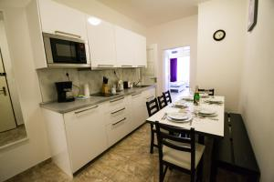 Old Town Rybna Apt by Ruterra, Apartments  Prague - big - 19