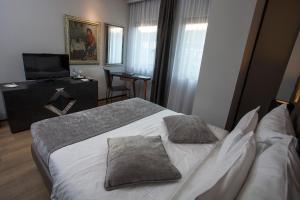 Solun Hotel & SPA, Hotely  Skopje - big - 73