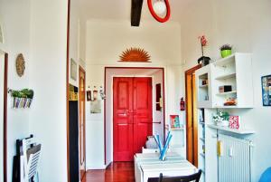 Amphora House